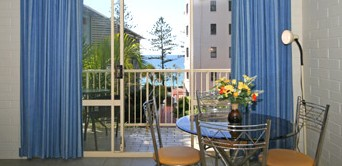 Surf Dance Holiday Units - Accommodation Bookings