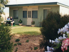 Oaklands Fishing Cottage - Accommodation Bookings