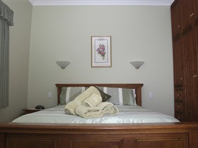 Girraween House - Accommodation Bookings