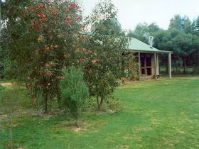 Murray's Country Cottages - Accommodation Bookings