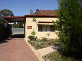 Loxton Smiffy's Bed And Breakfast Sadlier Street - Accommodation Bookings