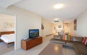 Grand Mercure Apartments Coolangatta - Accommodation Bookings