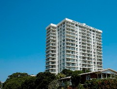 Burleigh Beach Tower - Accommodation Bookings