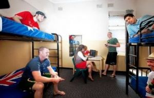 Maze Backpackers And Cb Hotel - Accommodation Bookings