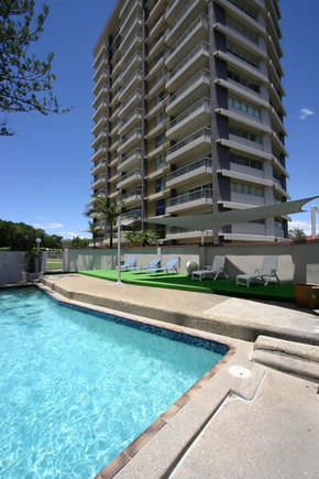 Narrowneck Court - Accommodation Bookings