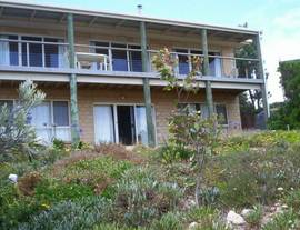 The Dog And Cockle Beach House - Accommodation Bookings