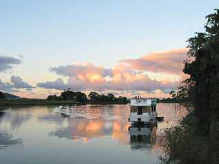 Tweed River Houseboats - Accommodation Bookings