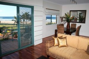 Currumbin Sands on the Beach - Accommodation Bookings