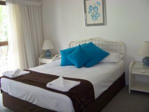 Old Burleigh Court Holiday Apartments - Accommodation Bookings