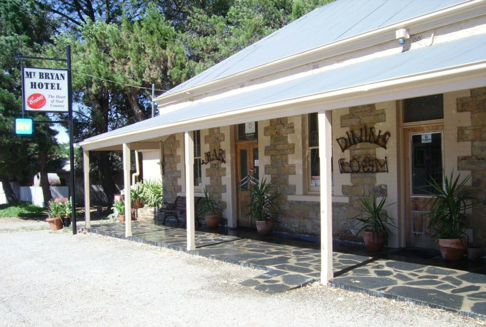 Mount Bryan Hotel - Accommodation Bookings