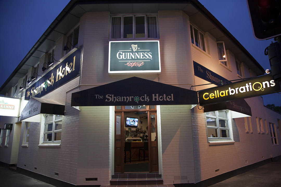 Shamrock Hotel - Accommodation Bookings