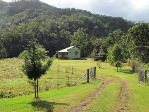 Eighteen Mile Cottage and Homestead - Accommodation Bookings