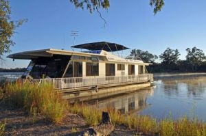Houseboat Heaven - Accommodation Bookings