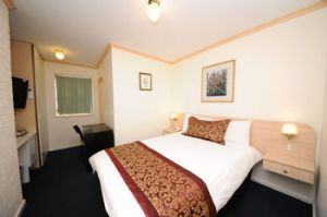 Northshore Hotel - Accommodation Bookings