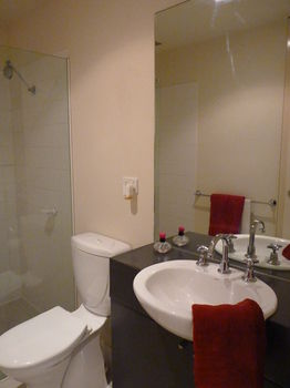 Australian Home Away  Market Square Melbourne - Accommodation Bookings