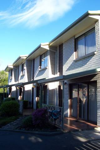 Davey Place Holiday Town Houses - Accommodation Bookings