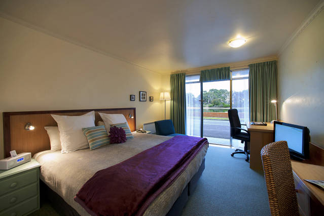 The Waterfront Wynyard - Accommodation Bookings