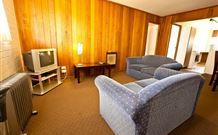 Snowy Mountains Motel - Adaminaby - Accommodation Bookings