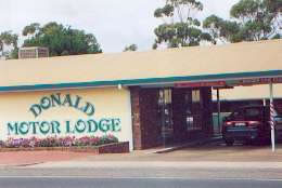DONALD MOTOR LODGE - Accommodation Bookings