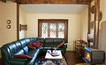 Jasper Cottage - Accommodation Bookings