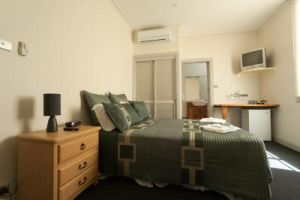 Tommys Tavern  - Accommodation Bookings