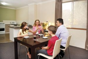 Oxley Court Apartments - Accommodation Bookings