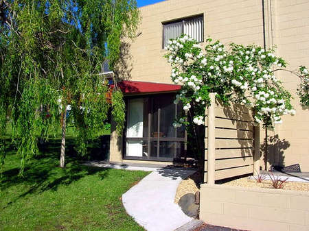 Apartments on Strickland - Accommodation Bookings