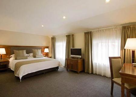 Clarion Hotel City Park Grand - Accommodation Bookings
