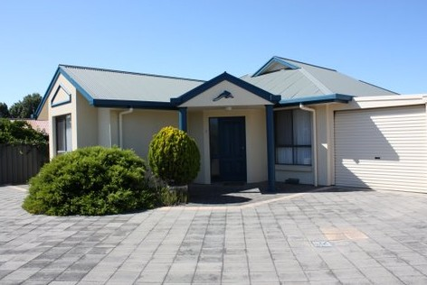 Robe Dolphin Court Apartments - Accommodation Bookings