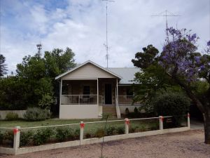 Dot's House - Accommodation Bookings