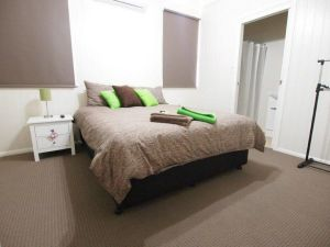 Hayden House - Accommodation Bookings