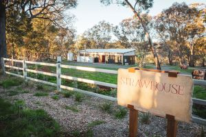 Strawhouse - Accommodation Bookings