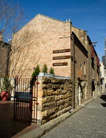 The Rocks Discovery Museum - Accommodation Bookings