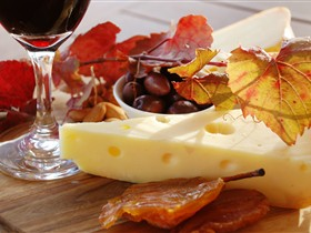 McLaren Vale Cheese and Wine Trail - Accommodation Bookings