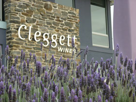Cleggett Wines - Accommodation Bookings