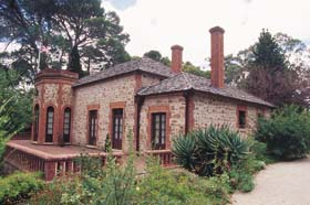 Old Government House - Accommodation Bookings