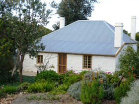 dingley dell cottage - Accommodation Bookings