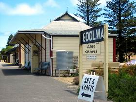 Goolwa Community Arts And Crafts Shop - Accommodation Bookings