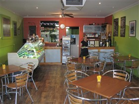 Cafe Lime and Gourmet Foodstore - Accommodation Bookings