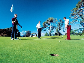 George Town Golf Club - Accommodation Bookings