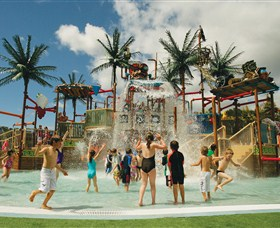 Wet 'n' Wild Water World - Accommodation Bookings
