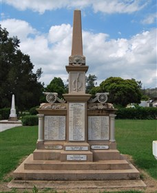 Boer War Memorial and Park Allora - Accommodation Bookings