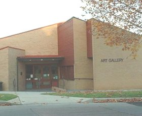 Cowra Regional Art Gallery - Accommodation Bookings