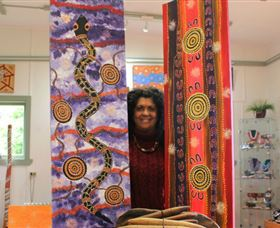 Apma Creations Aboriginal Art Gallery and Gift shop - Accommodation Bookings