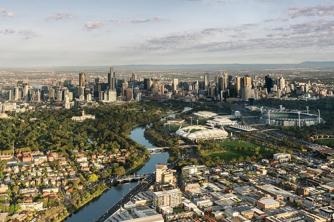Melbourne sunrise balloon flight  champagne breakfast - Accommodation Bookings