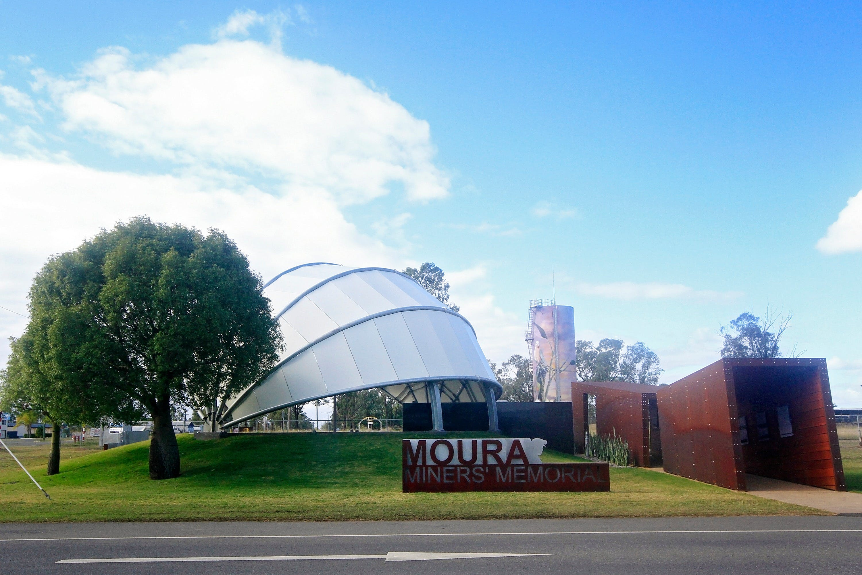 Moura - Accommodation Bookings