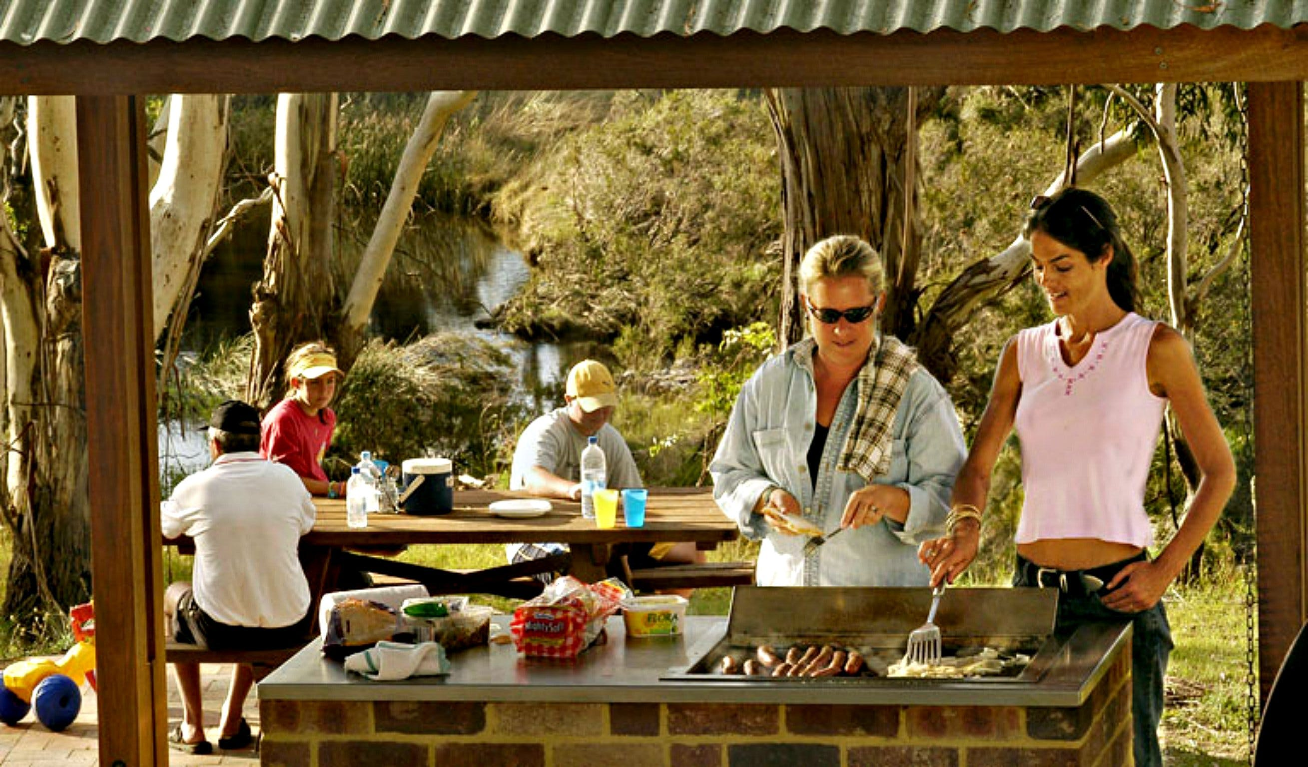 Apsley Falls Picnic Area - Accommodation Bookings