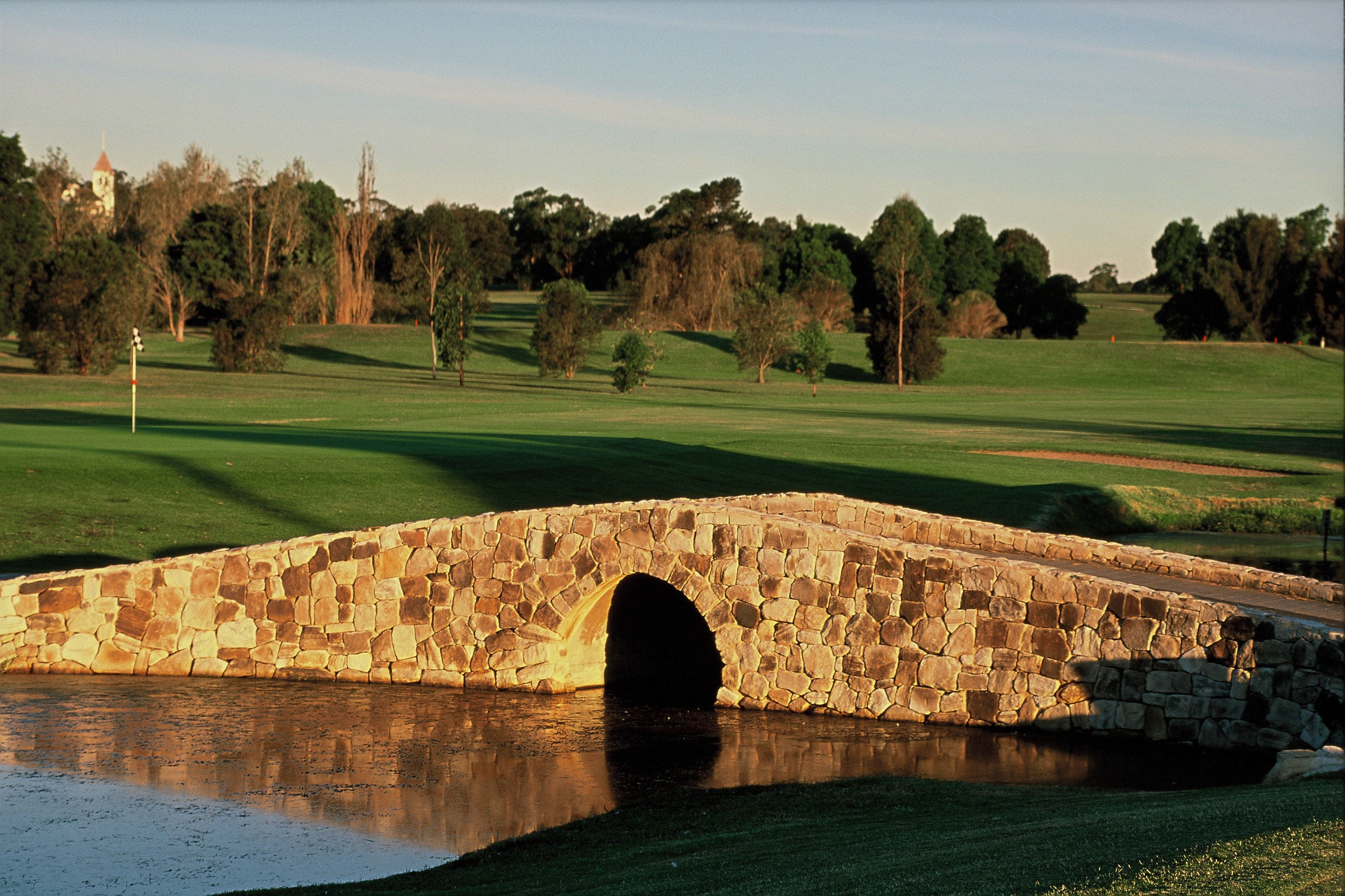 Camden Golf Club - Accommodation Bookings