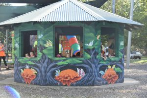 Howlong's Enchanted Hut - Accommodation Bookings