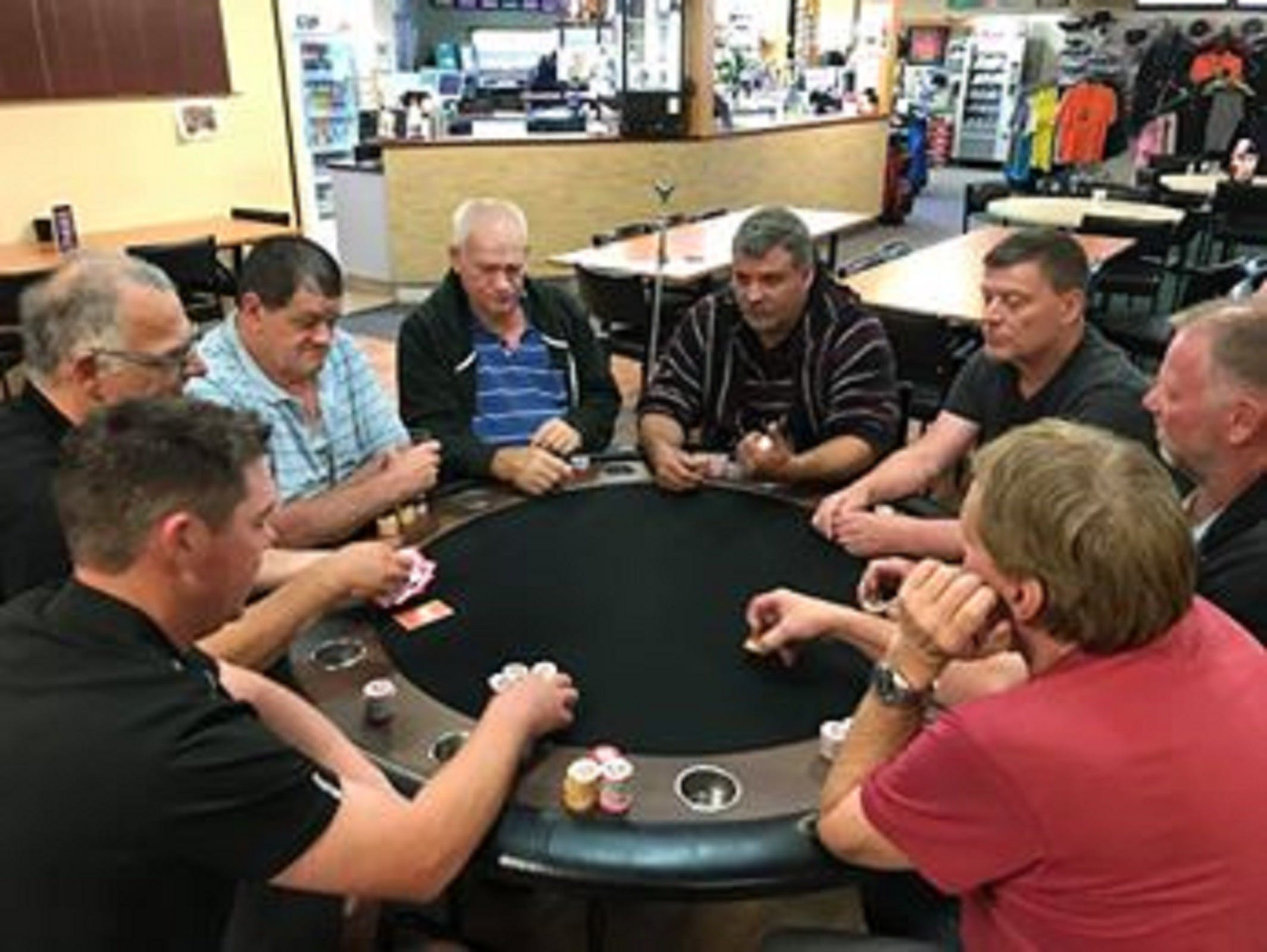 Numurkah Golf and Bowls Club - Poker Wednesday - Accommodation Bookings